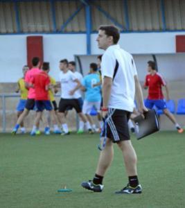Rafa Perales en un entrenamiento con el CD Navas | Manuel Zapata