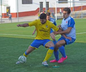 Instante del CD Navas - Urgavona CF | Manuel Zapata