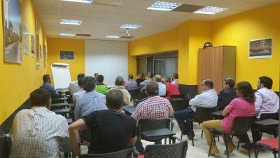 Reunión en Dos Hermanas | http://www.desdelagrada.net/