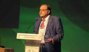Eduardo Herrera durante la Asamblea General Ordinaria donde se aprobó la División de Honor | http://elcorreoweb.es/