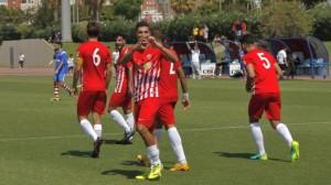 Un jugador almeriense celebra un tanto | UD Almería