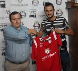 Cabrera presenta a Carrillo | Baeza CF