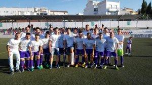 El CD Torredelcampo posó con camisetas de apoyo a sus lesionados | CD Torredelcampo