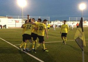 Bomba celebra su gol | Begíjar CF