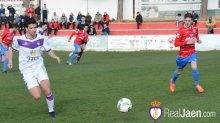 Instante del partido   Mario Martos - Real Jaén CF